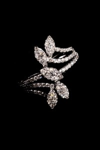 Davandi diamond ring