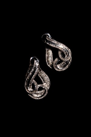 Diamond Carrick Earring